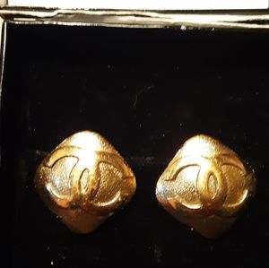 Authentic Vintage CHANEL Earings